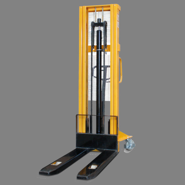 Apilador angosto doble torre carga 1.5 Ton altura 3 Mts New Line